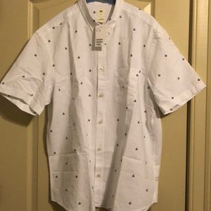 H&M short sleeved shirt